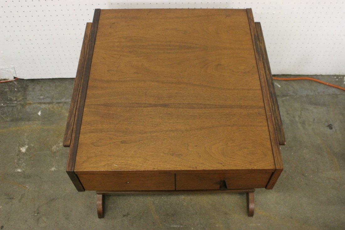 A mid-century teak wood end table by Kroehler - 10