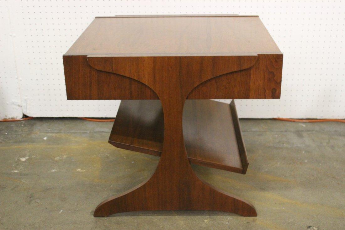 A mid-century teak wood end table by Kroehler - 4