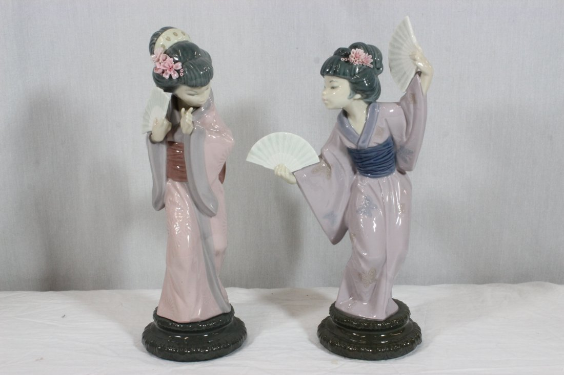 "2 Lladro figurines ""Japanese girl with fan"""