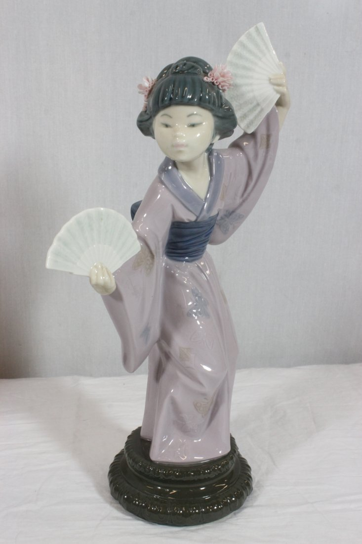"2 Lladro figurines ""Japanese girl with fan"" - 6"