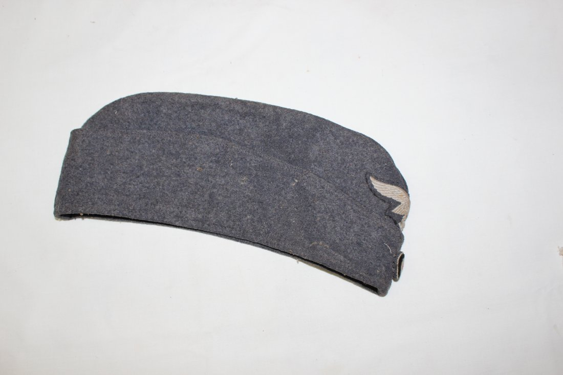 WWII German military hats & Nazi patches - 7
