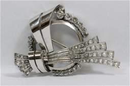 A beautiful 18Kplatinum retro diamond brooch