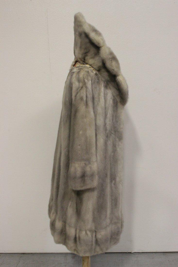 A full length mink coat - 5