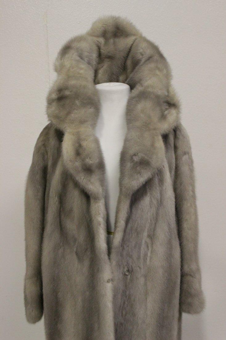 A full length mink coat - 6
