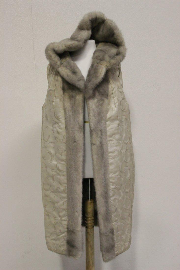 A full length mink coat - 8