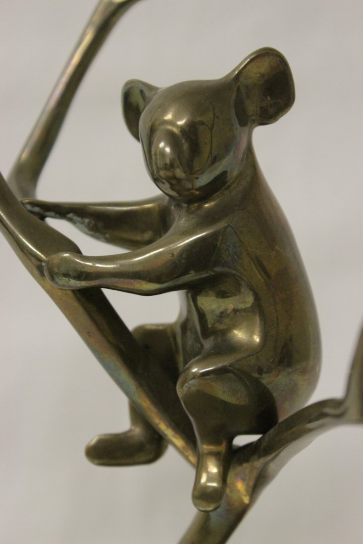 Bronze sculpture, signed Loet, number 153/500 - 4