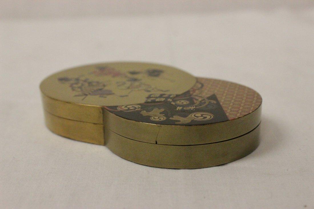 A beautiful Japanese lacquer box - 3