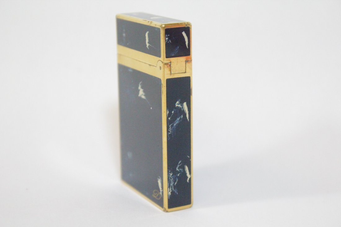 A DuPont lighter - 2