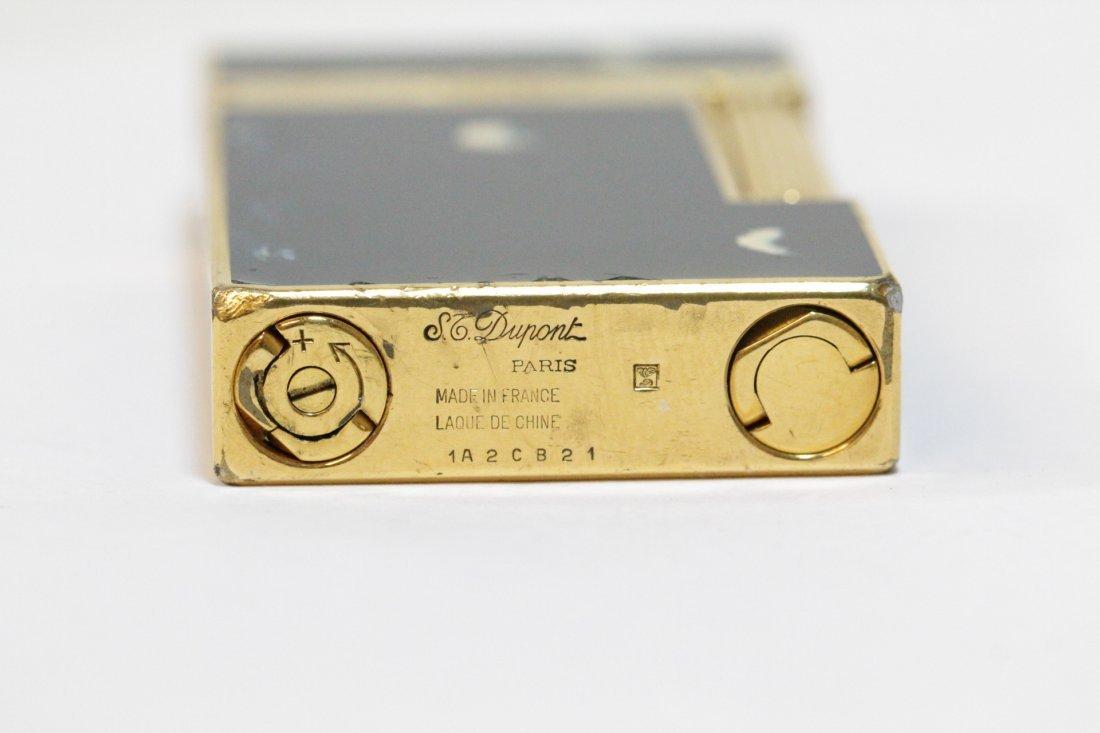 A DuPont lighter - 9