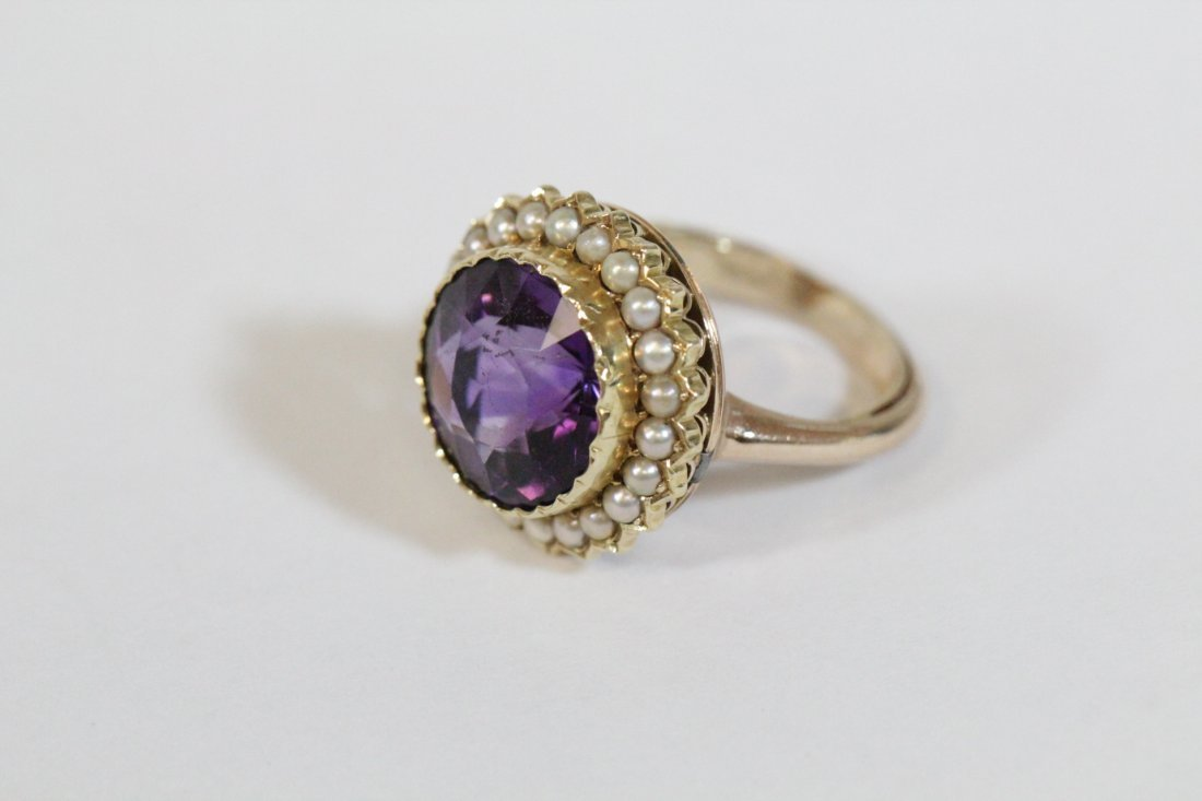 Victorian gold ring with amethyst and seed pearl - 9