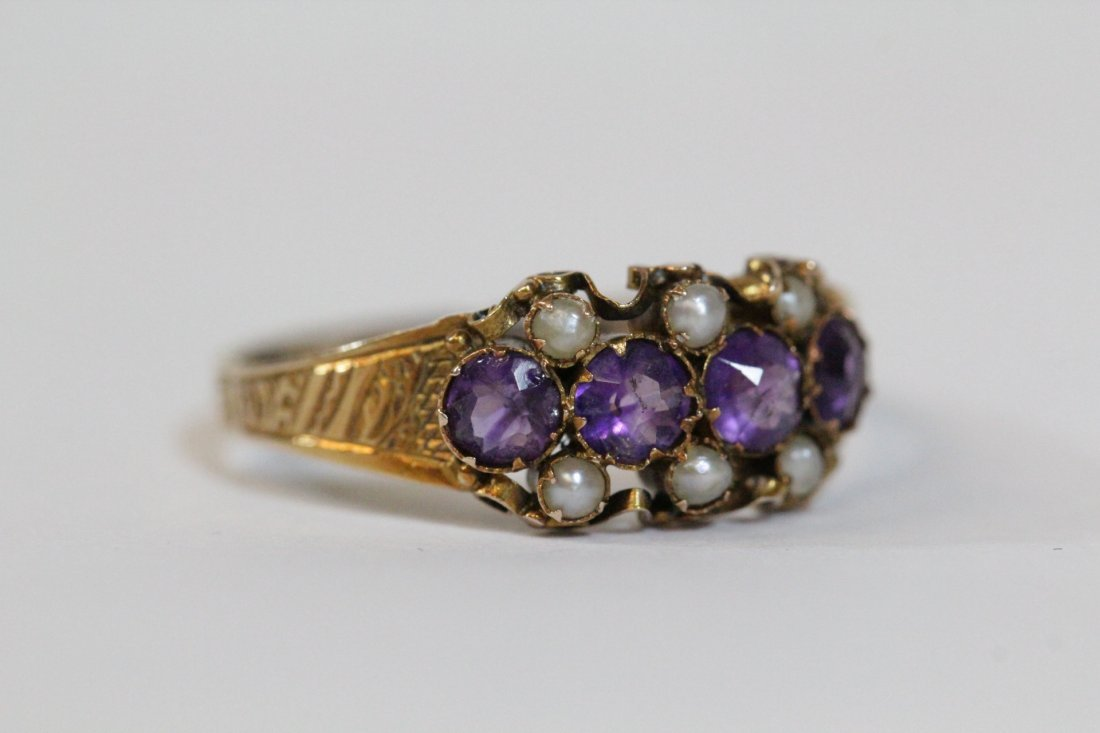 English 15K gold ring w/ amethyst and seed pearls - 10