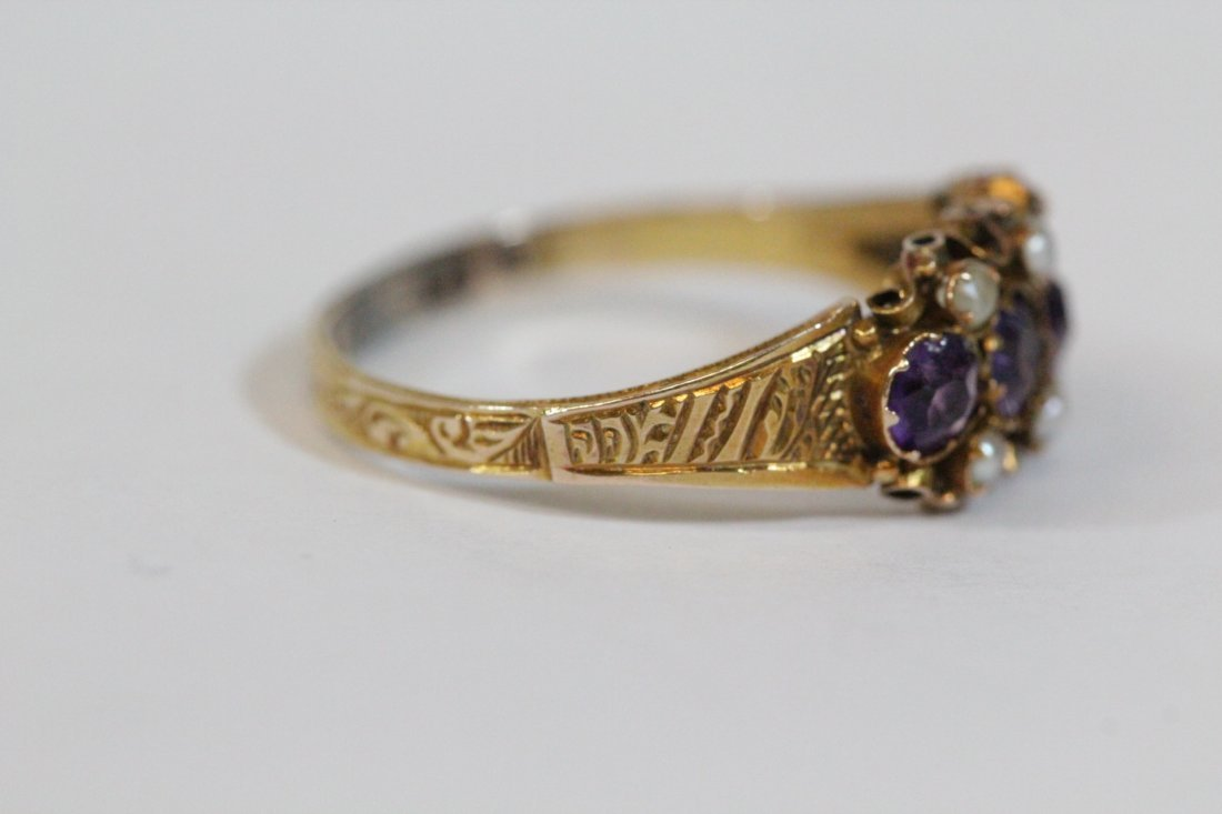 English 15K gold ring w/ amethyst and seed pearls - 3