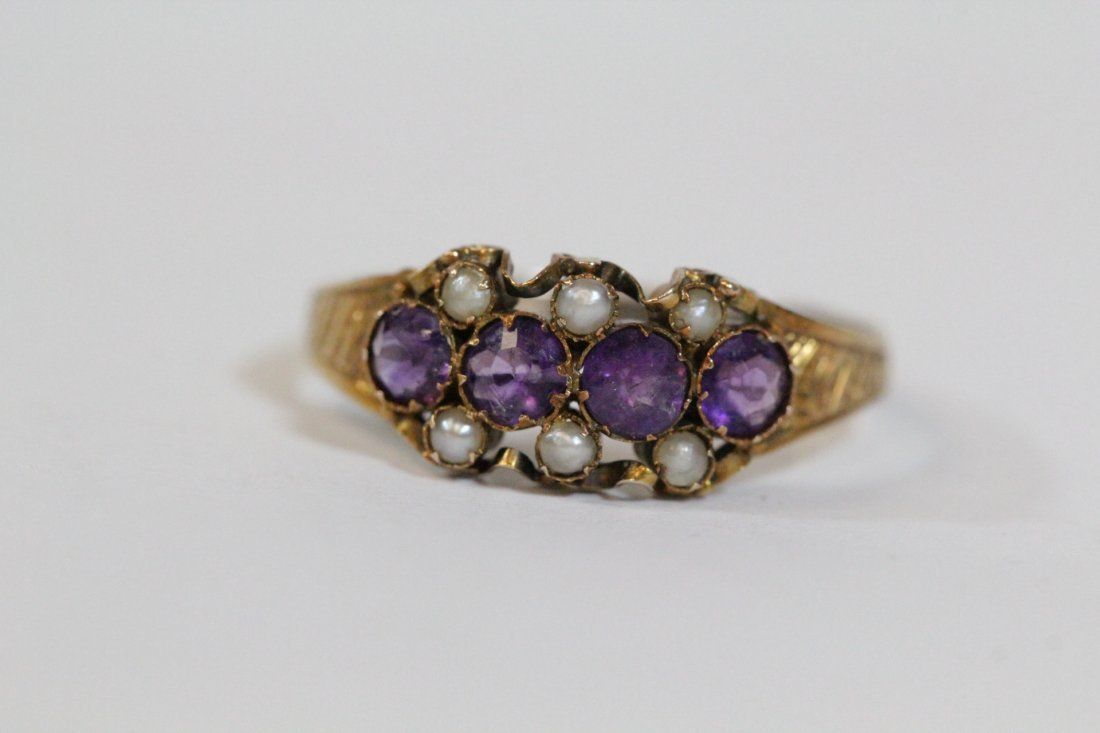 English 15K gold ring w/ amethyst and seed pearls - 8