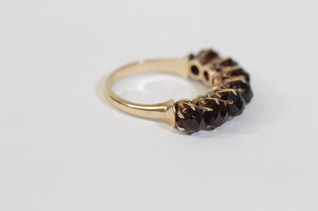 Victorian 14K ring set with rose cut garnet - 4