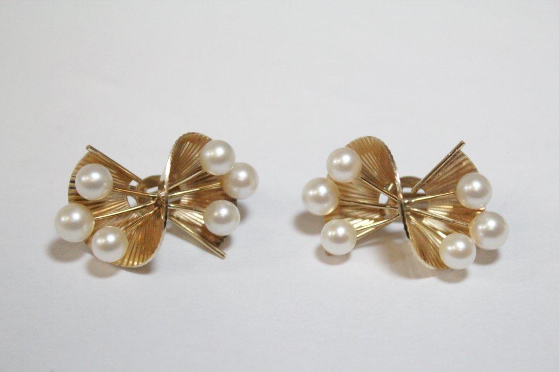 Pair art nouveau 14K Y/G pearls earrings