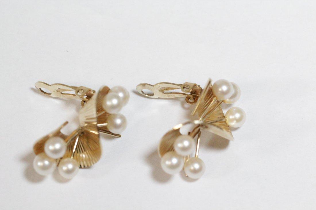 Pair art nouveau 14K Y/G pearls earrings - 9