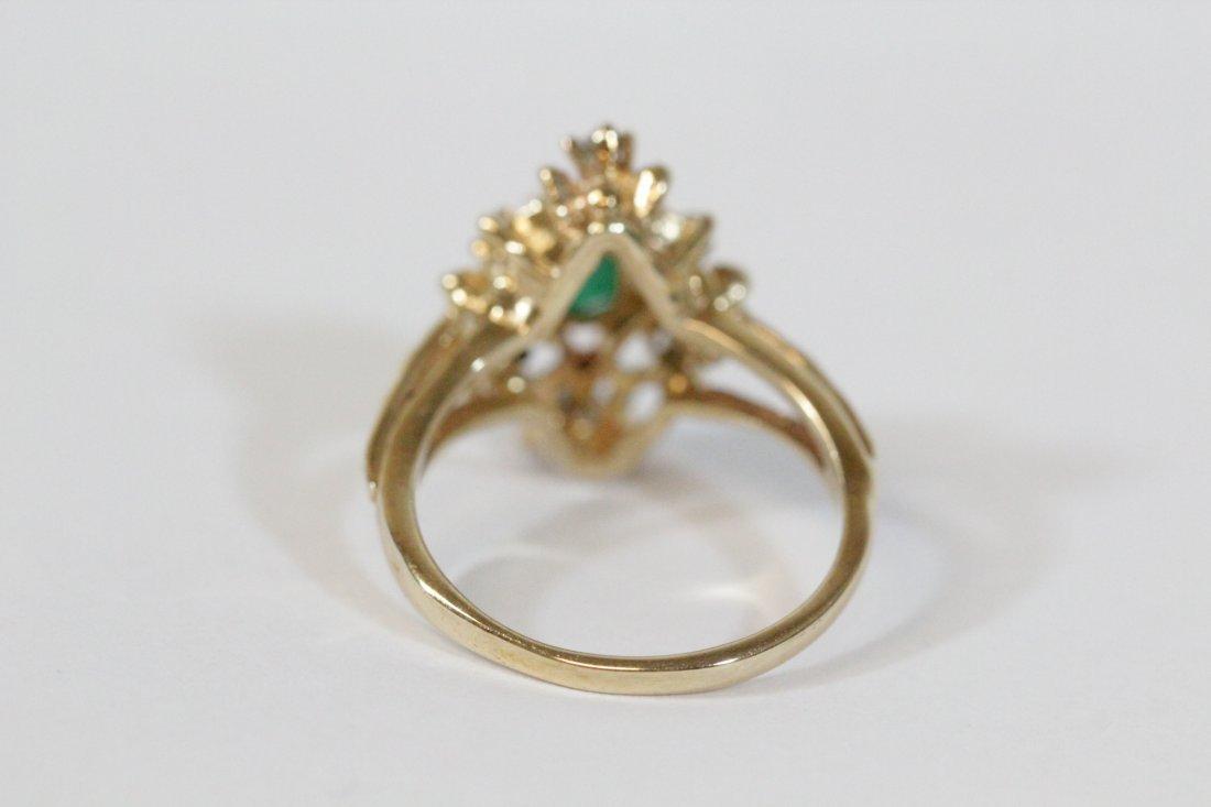 Victorian emerald and diamond ring - 4