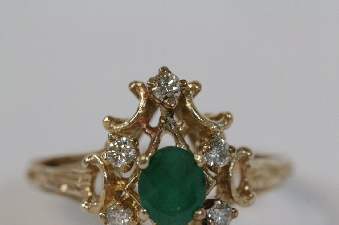 Victorian emerald and diamond ring - 7