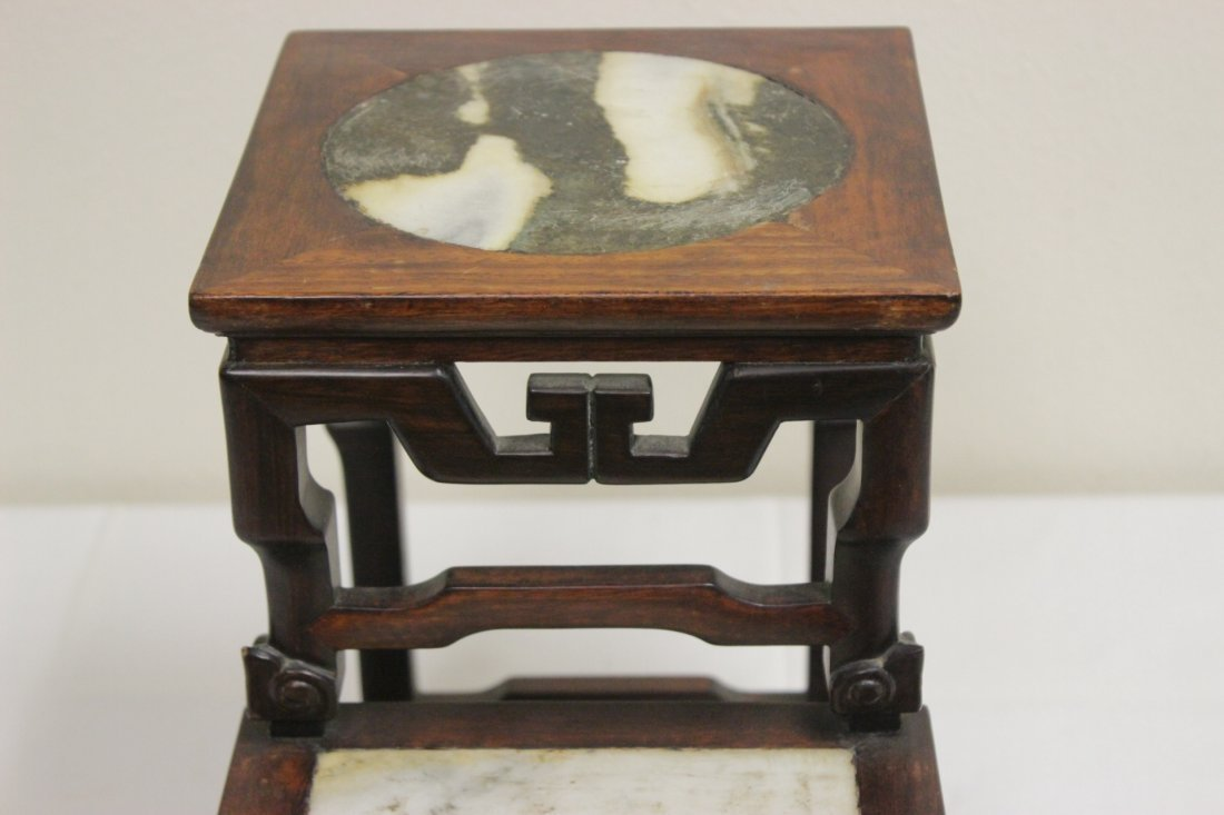 Antique Chinese rosewood pedestal stand - 8