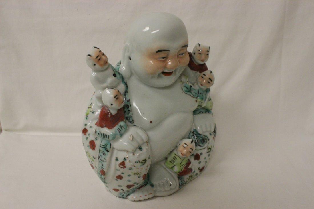 Chinese wucai porcelain seated Buddha - 5