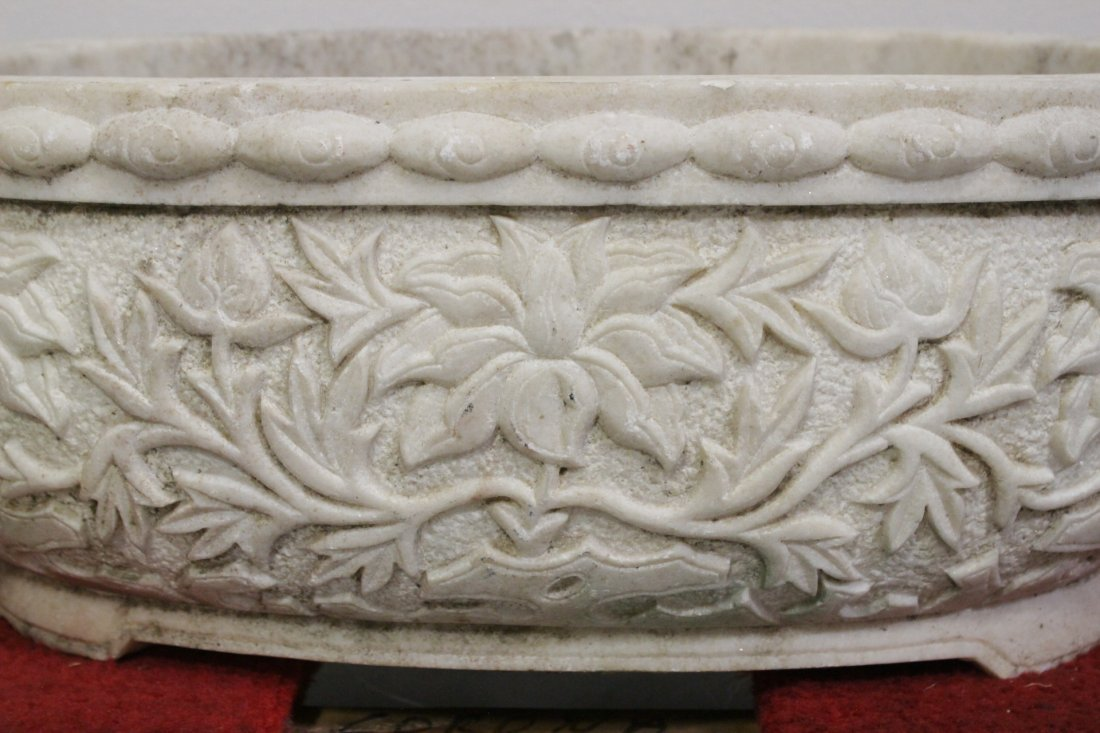 Chinese large marble carved oval planter - 4