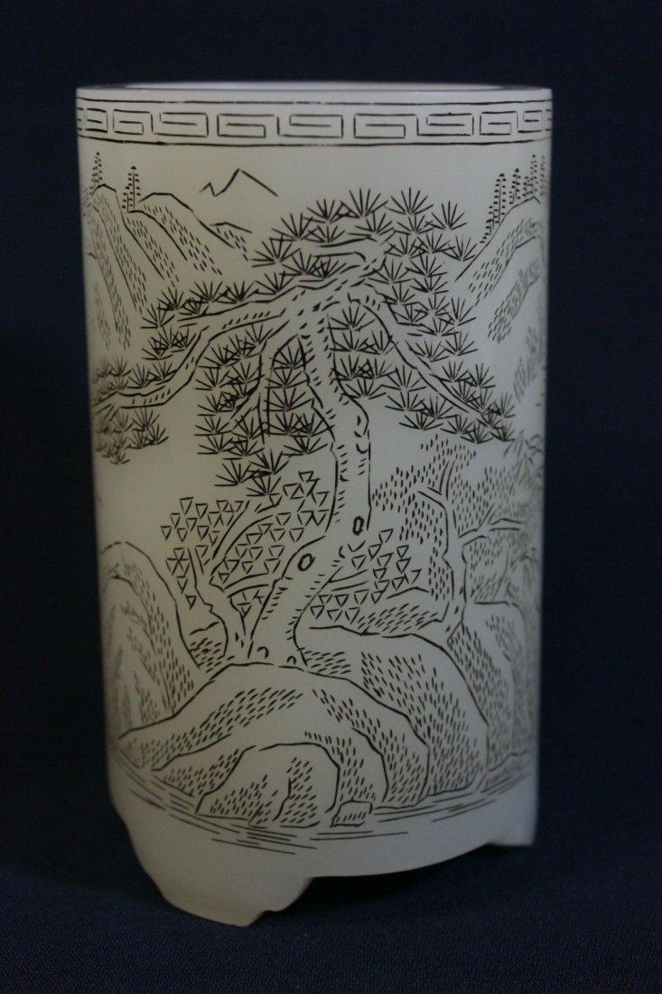 Chinese white Peking glass brush holder - 4