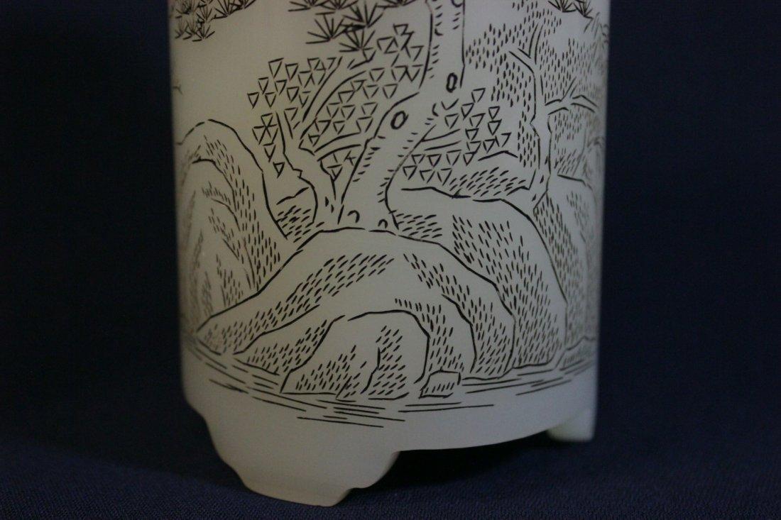Chinese white Peking glass brush holder - 5