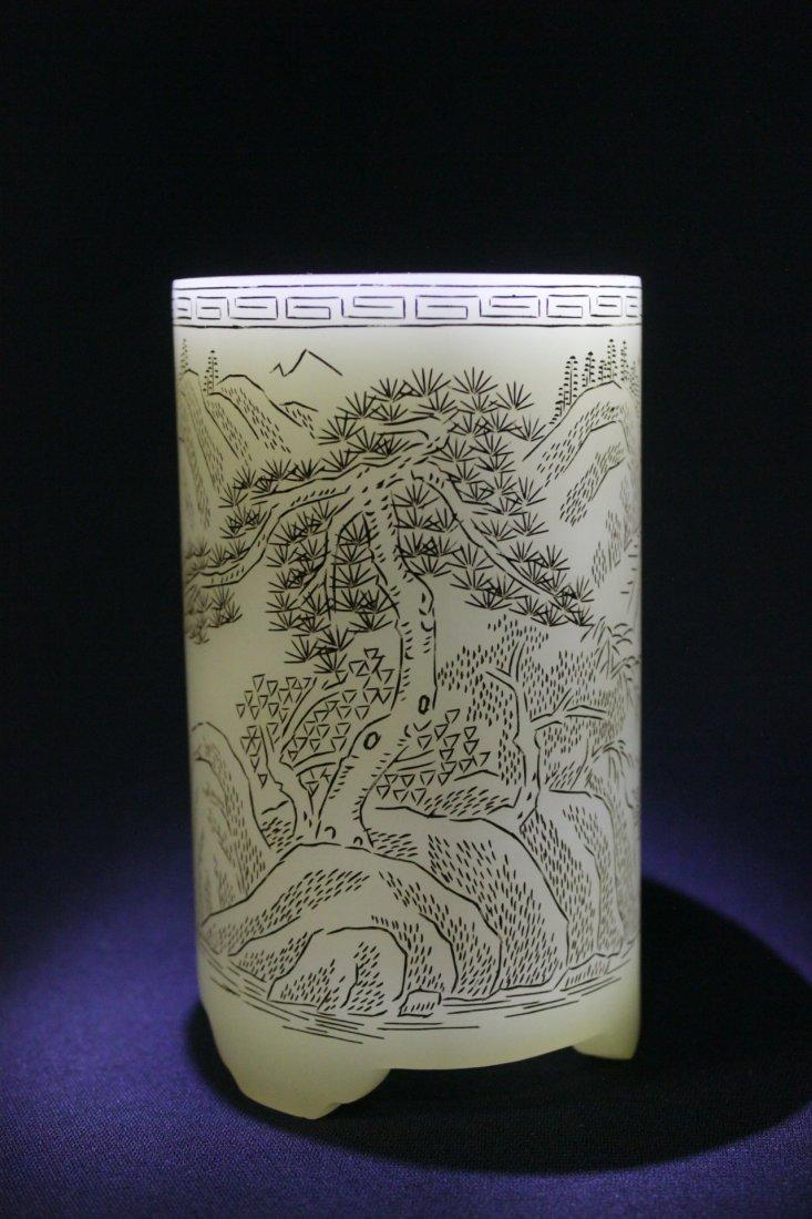 Chinese white Peking glass brush holder - 9