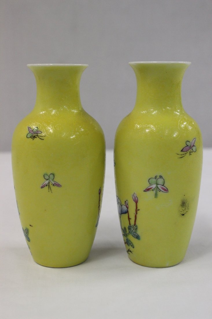 Pair Chinese early 20th c. export porcelain vases - 3