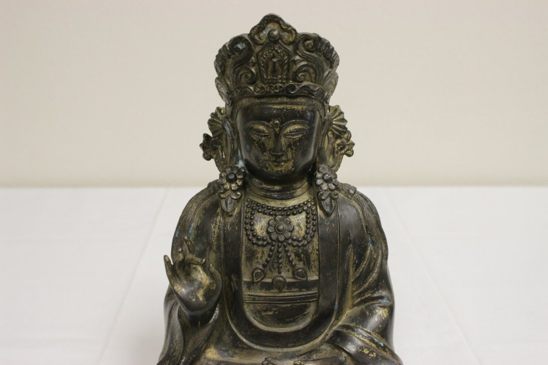 Chinese 19th/20th c. gilt bronze sculpture - 3
