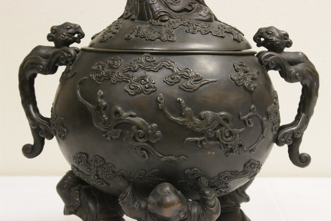 Chinese 18th/19th c. large bronze covered urn - 3