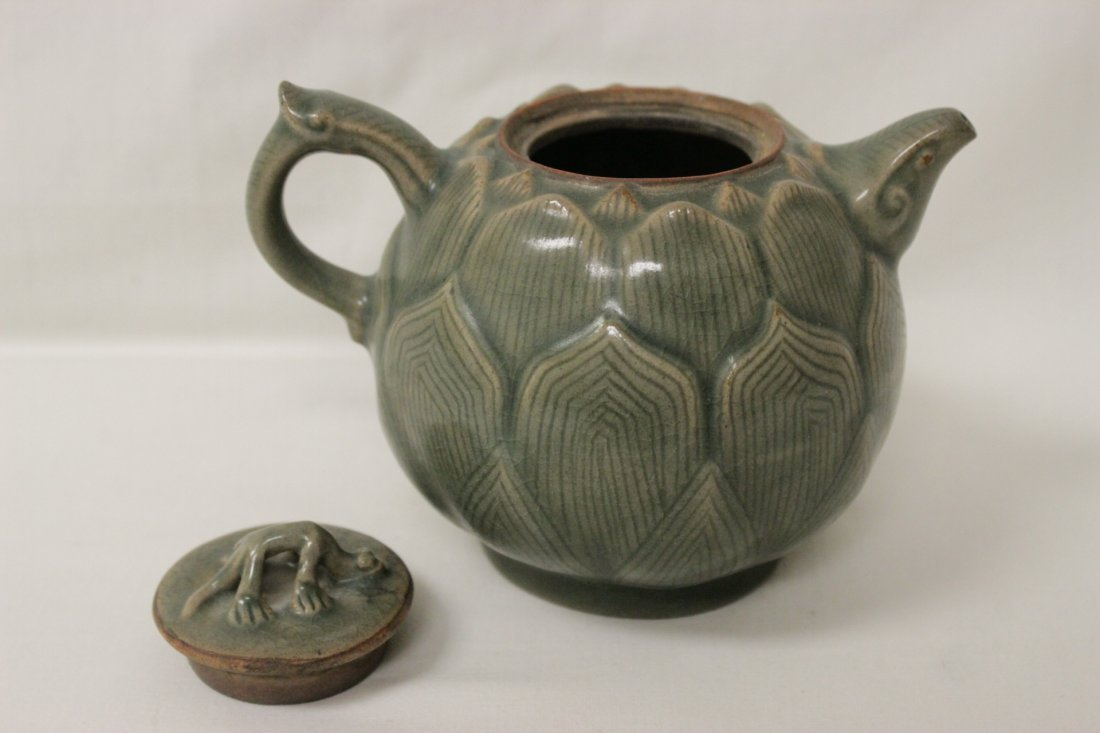 Chinese celadon teapot in the form of lotus flower - 4