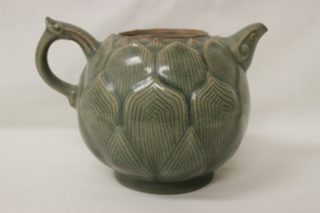 Chinese celadon teapot in the form of lotus flower - 8