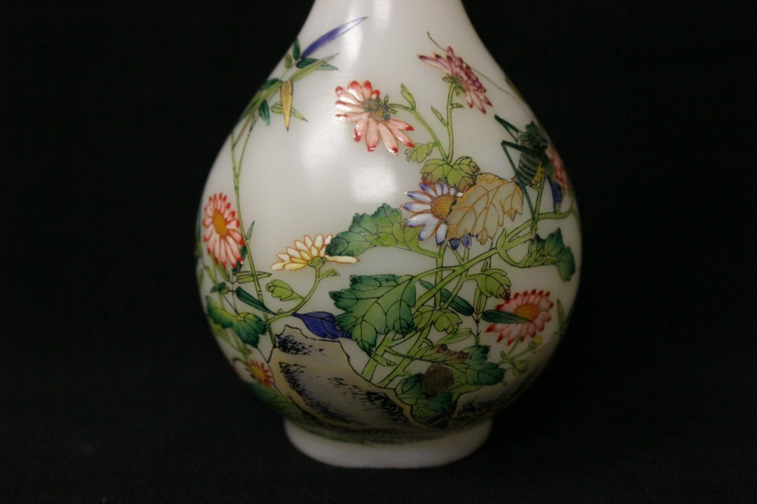 Chinese enamel on Peking glass vase - 7