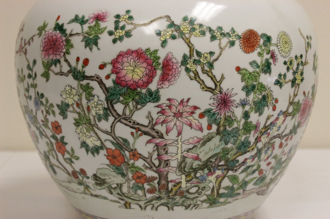 Chinese famille rose porcelain planter - 3