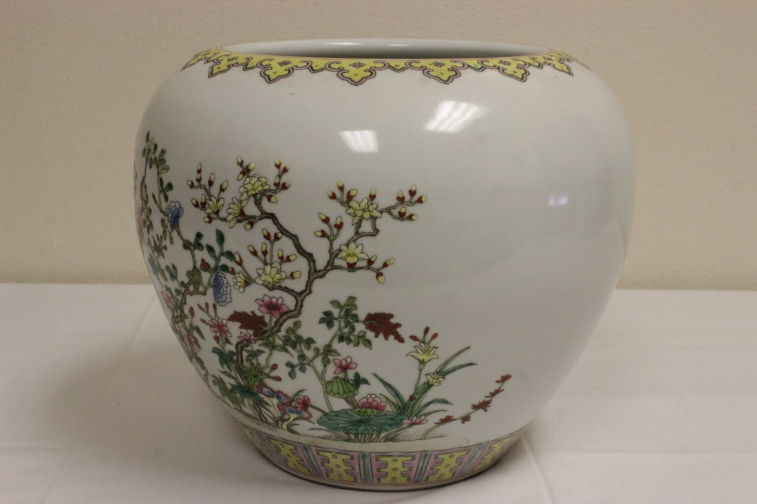 Chinese famille rose porcelain planter - 5
