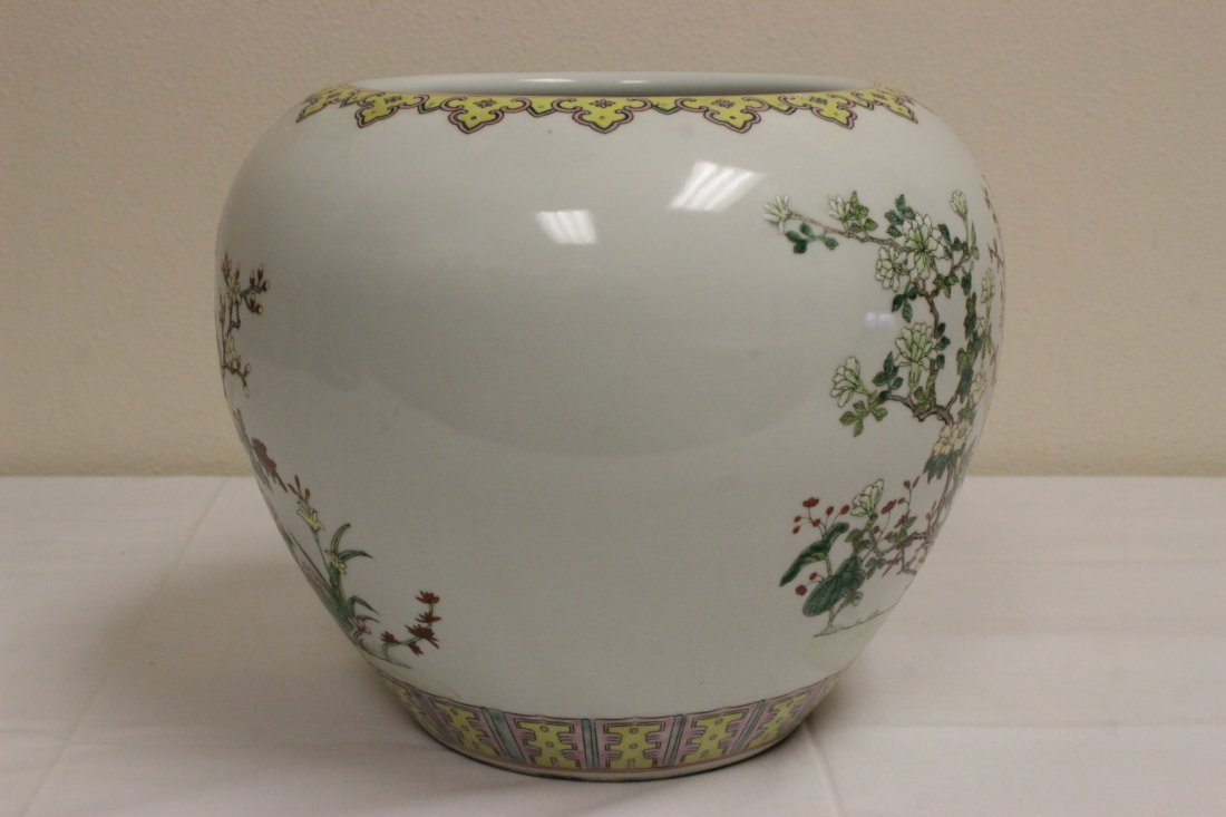 Chinese famille rose porcelain planter - 6