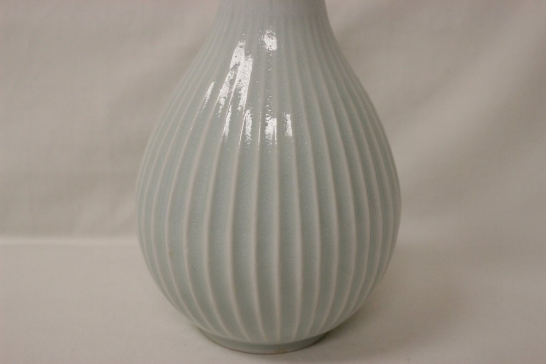 Chinese Song style light blue porcelain bottle vase - 5