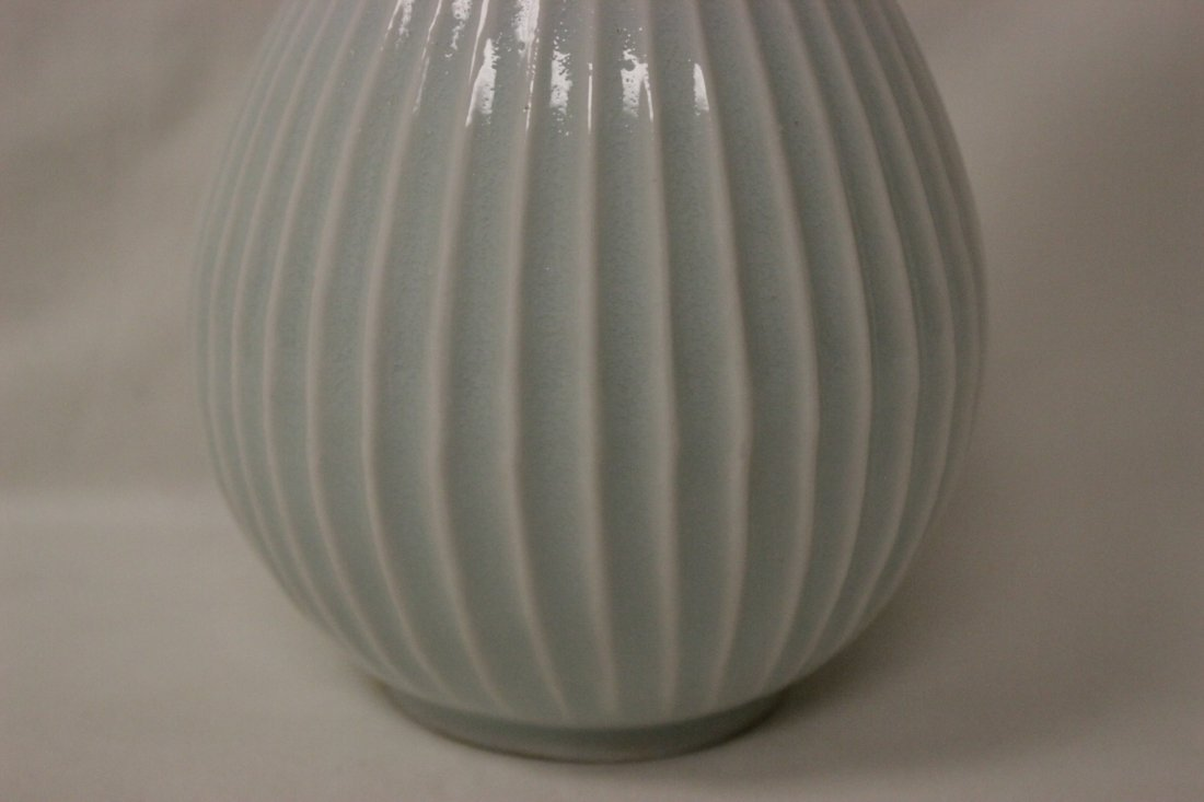 Chinese Song style light blue porcelain bottle vase - 7