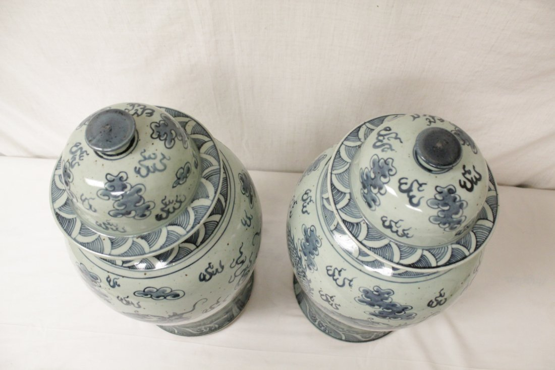 Pair blue and white porcelain jars - 5