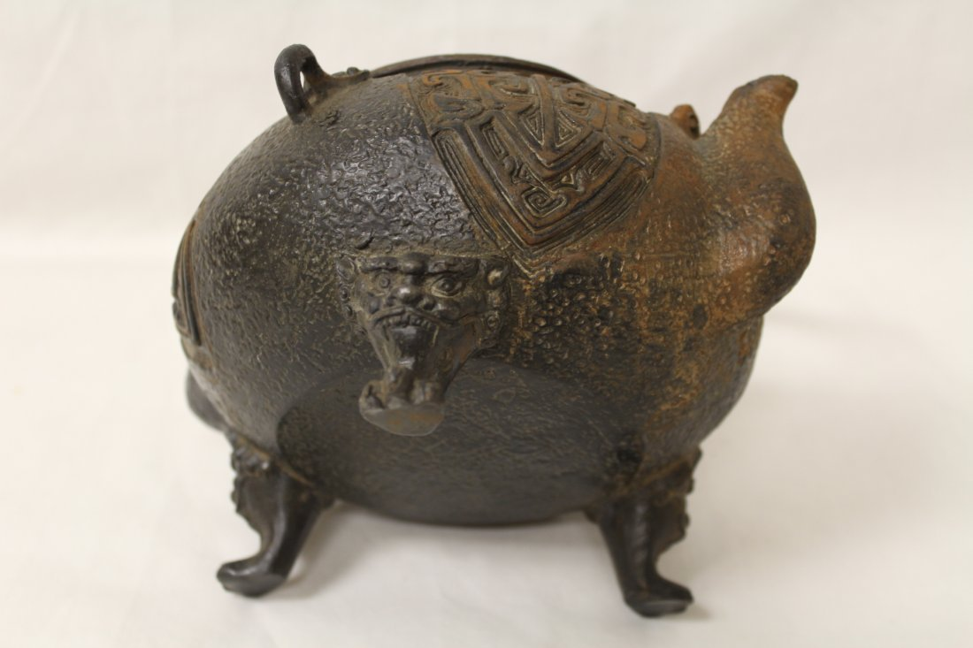 Chinese cast iron teapot - 10