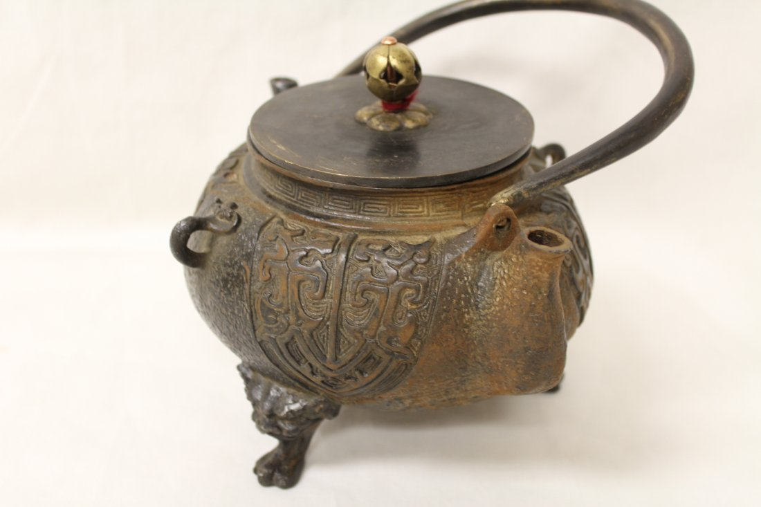 Chinese cast iron teapot - 4
