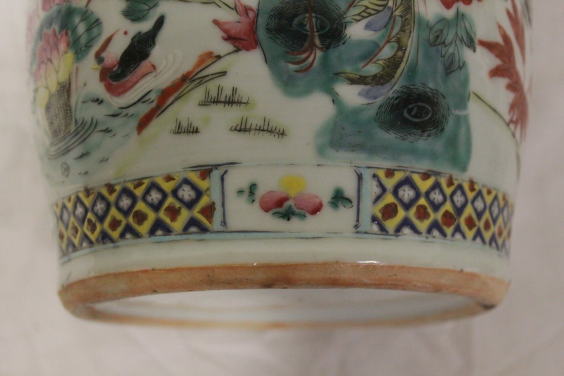Antique Chinese famille rose vase - 9