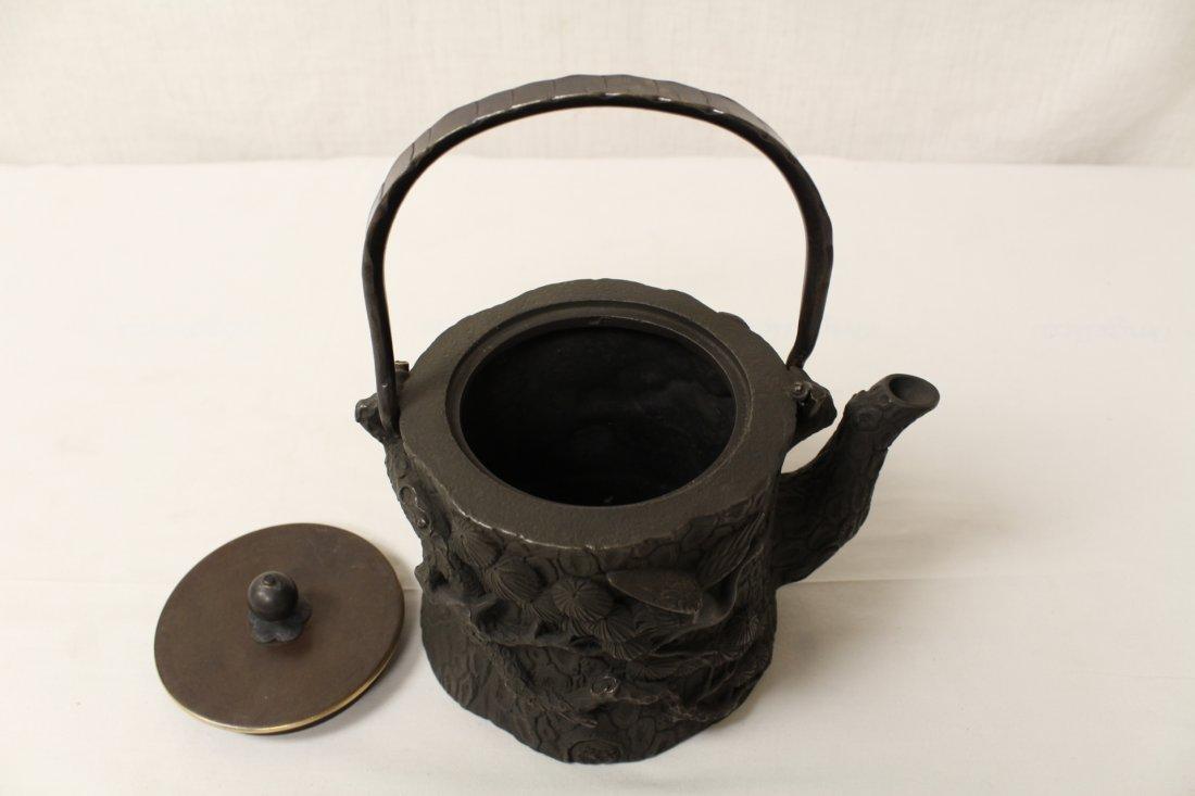Chinese cast iron teapot - 8