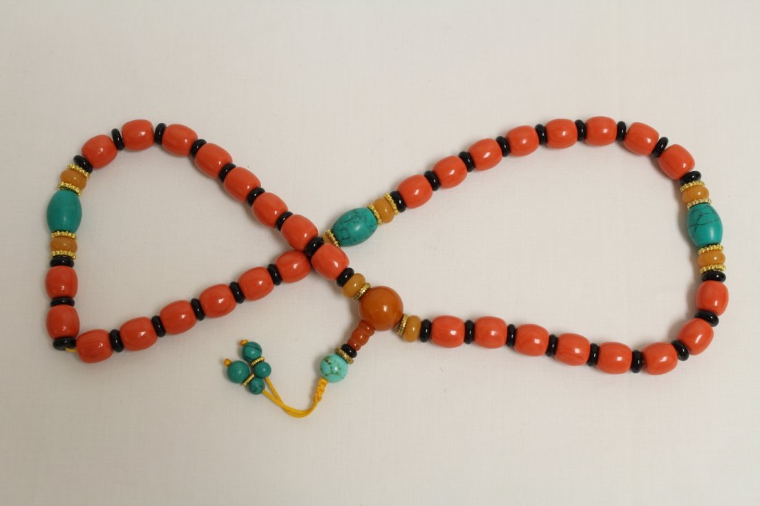 Possible zitan wood brush mountain & 2 bead necklaces - 8