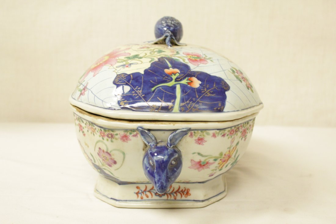 Chinese export style porcelain tureen w/ under plate - 3