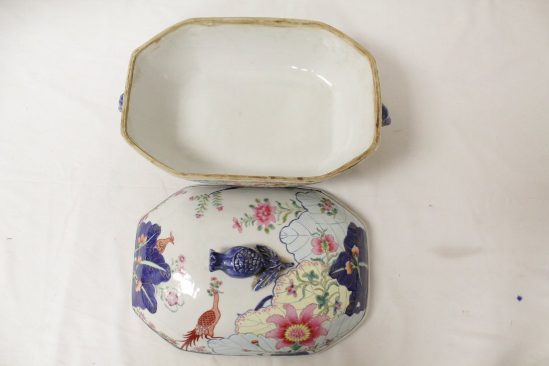 Chinese export style porcelain tureen w/ under plate - 6