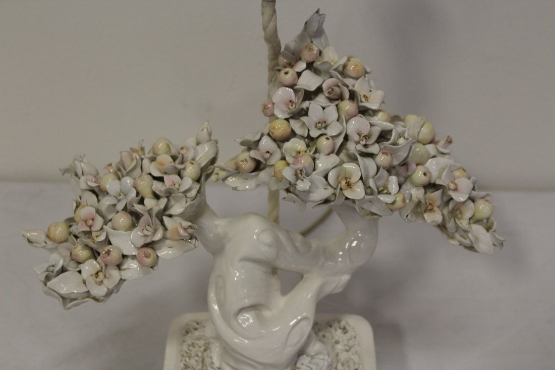A table lamp with white porcelain fruit tree - 5