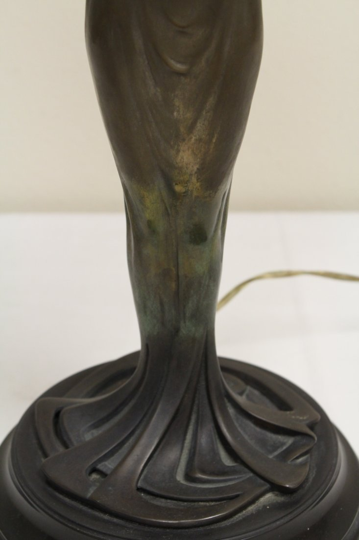 Bronze lamp with base in nude motif - 5