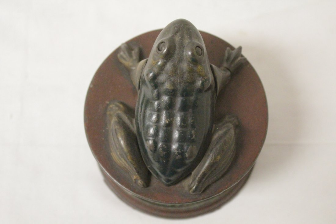 "Vintage cast iron bank ""frog bank"" - 6"